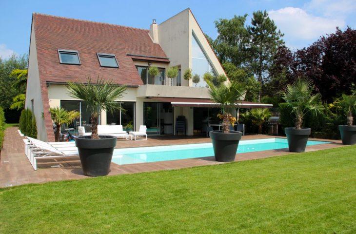 Villa Saint Nom La Breteche 7 pièce(s) 200 m2