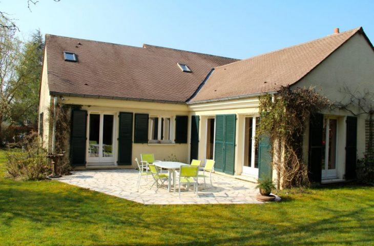 Maison Saint Nom La Breteche 9 pièces