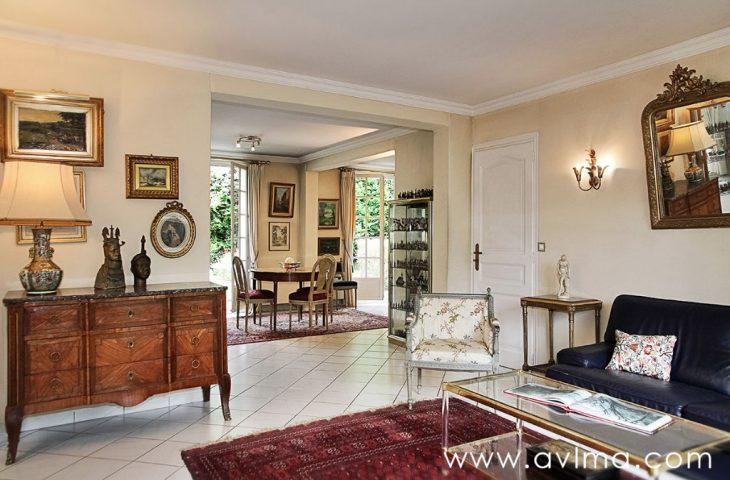 Maison Saint Nom La Breteche 7 pièce(s) 186 m2