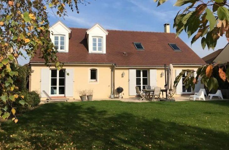 Maison Saint Nom La Breteche 7 pièce(s) 175 m2