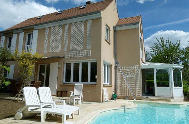 Maison Saint Nom La Breteche 7 pièce(s) 207 m2