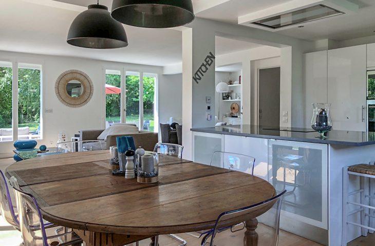 Maison Saint Nom La Breteche 7 pièce(s) 210 m2