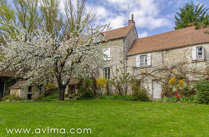 Villa Saint Nom La Breteche 15 pièce(s) 400 m2