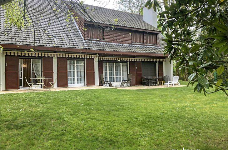 Maison Chavenay 9 pièce(s) 230 m2