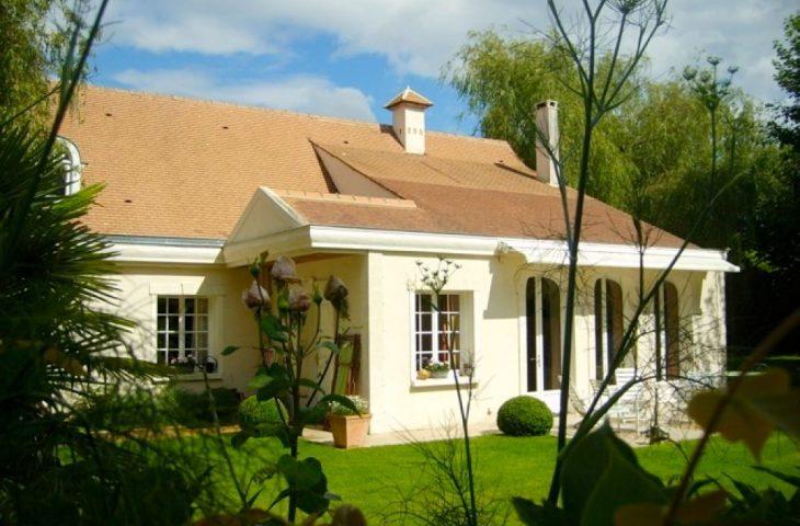 Villa Noisy Le Roi, 8 pièces, 160 m2