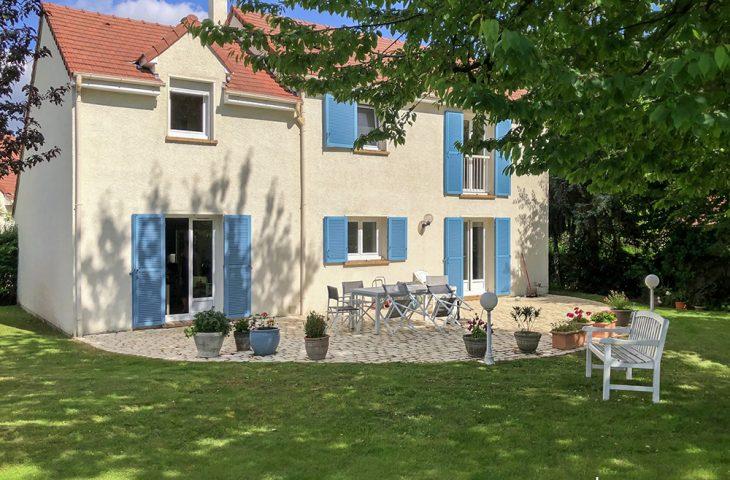 Maison Saint Nom La Breteche 6 pièce(s) 150 m2